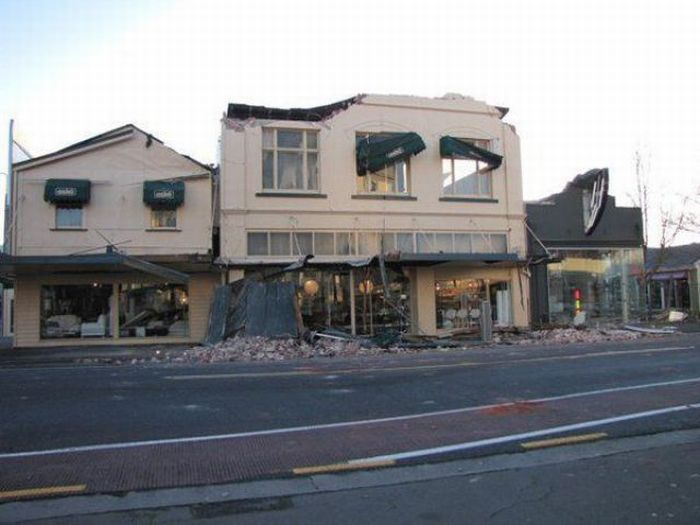 Aftermath of Earthquake in New Zealand (47 pics)