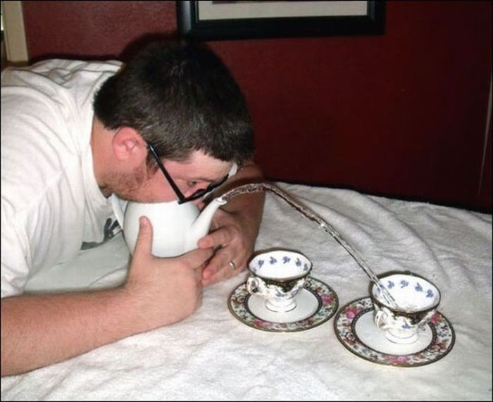 Blowing Water Out of a Teapot (18 pics)