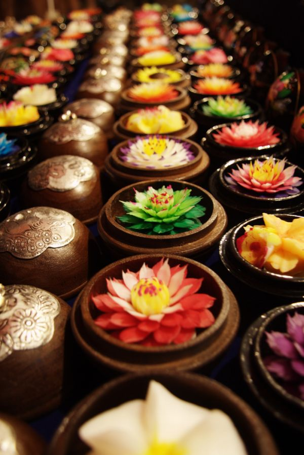 Beautiful Soap Flowers (12 pics)