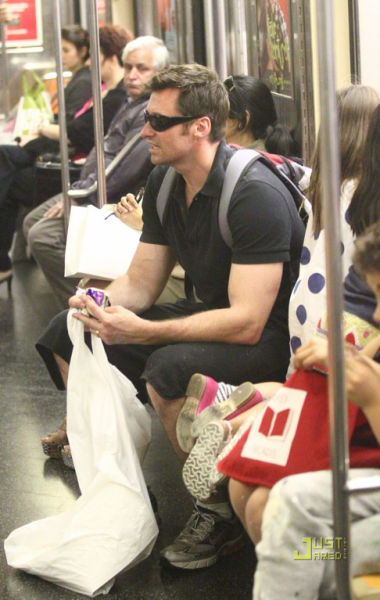 Celebrities in Subway (14 pics)