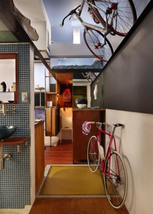 182-Square-Foot Apartment (7 pics)