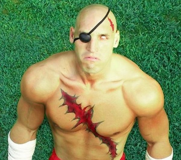 Best and Worst of Street Fighter Cosplay (28 pics)