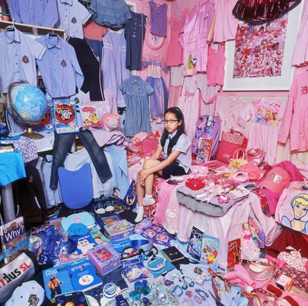 Girls Love Pink and Boys Love Blue (17 pics)
