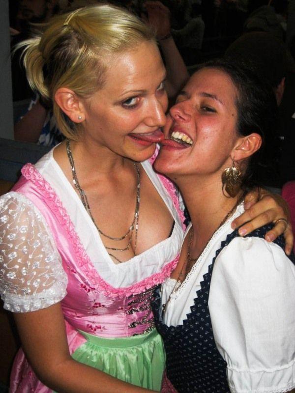 Oktoberfest Girls 44 Pics-3614