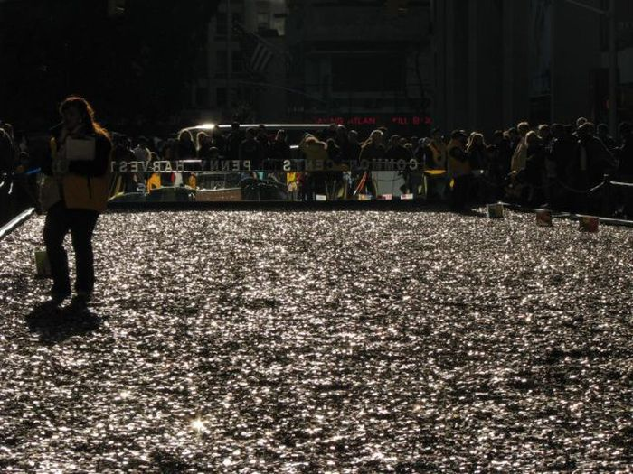 One Hundred Million Pennies (23 pics)