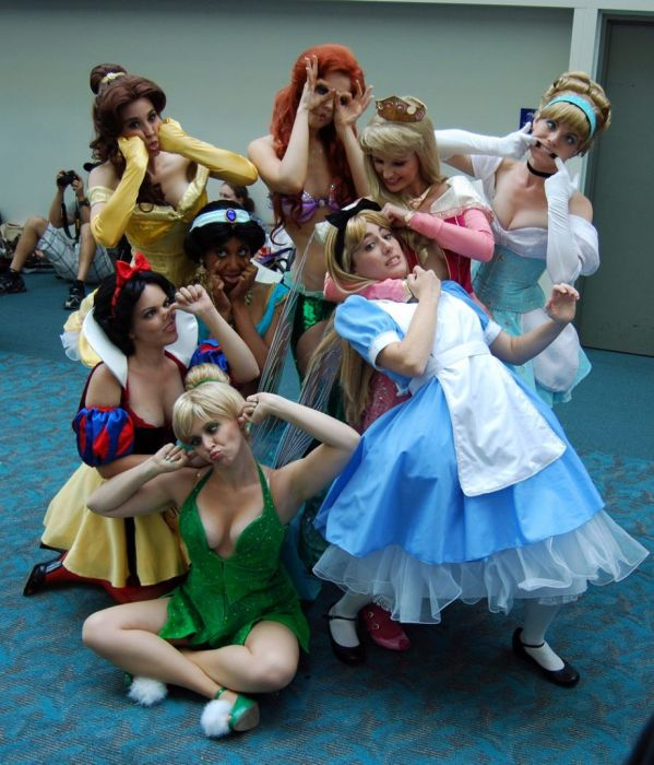 Sexy Disney Princesses (30 pics)