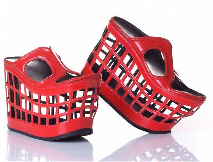 Unusual Shoe Designs (10 pics)