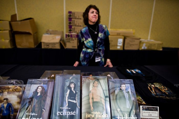 Twilight Fans Gathering (19 pics)