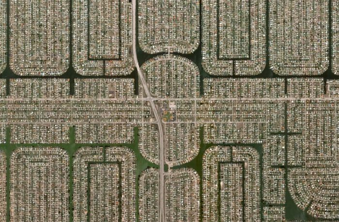 Human Landscapes in Southwest Florida (26 pics)