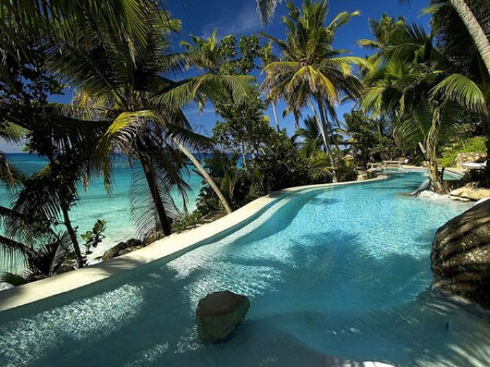 beautiful private island in the seychelles 48 pics. Black Bedroom Furniture Sets. Home Design Ideas
