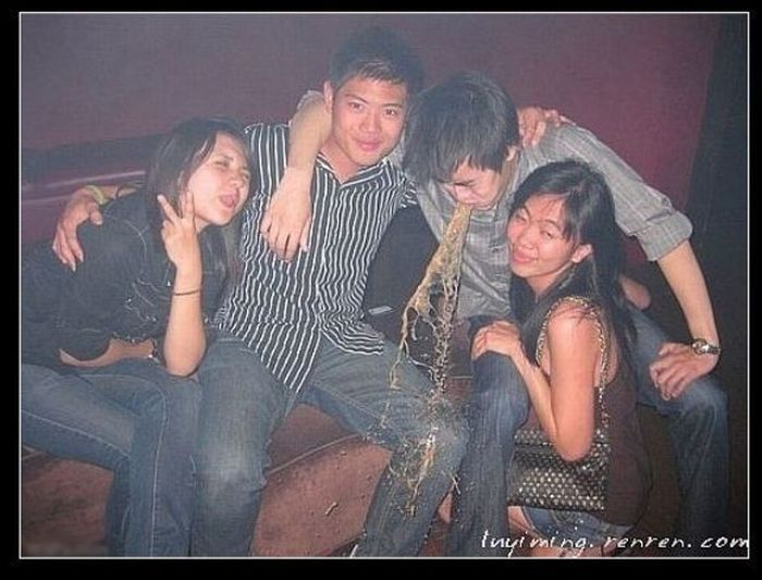 Funny People from Chinese Social Networks (20 pics)
