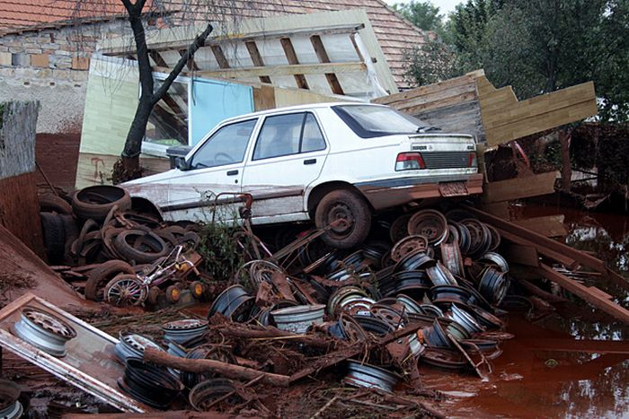 Disaster in Hungary (50 pics)