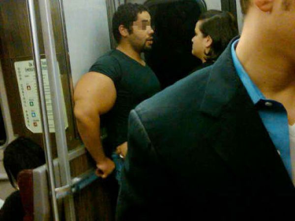 Man with Huge Arms (3 pics)
