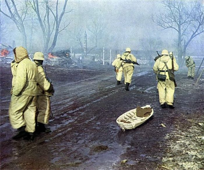 WW2 in Color (45 pics)