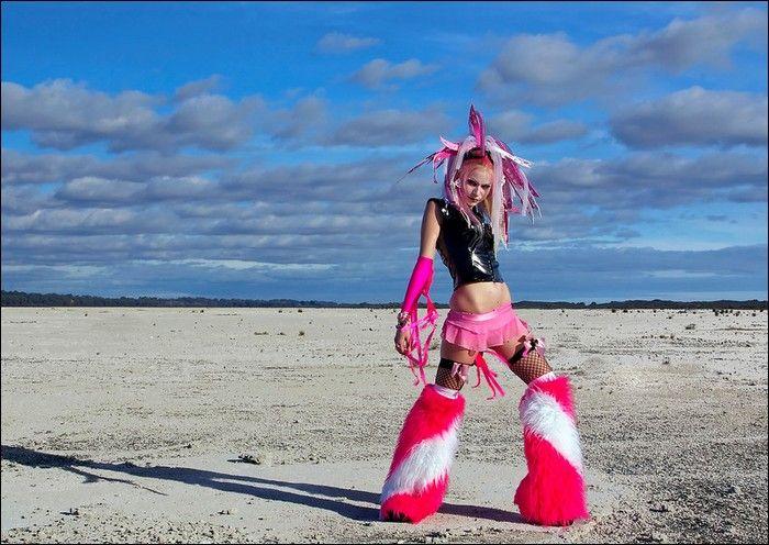 Cybergoth Girls (38 pics)