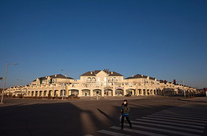 Ordos, China: A Modern Ghost Town (13 pics)