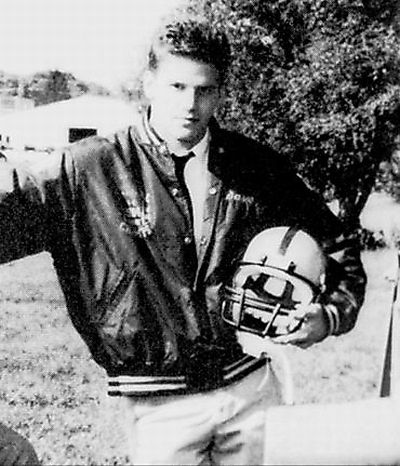 Celebrities Who Played High School Sports (25 pics)