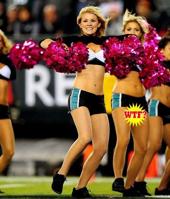 Cheerleader Fails (19 pics)