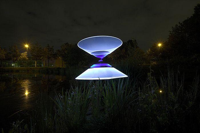 Beautiful Light Art Performance (55 pics)
