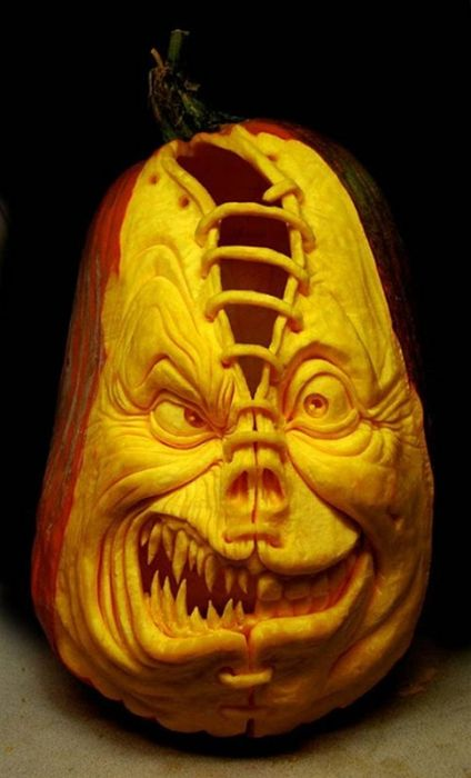 Incredible Pumpkin Carvings (19 pics)
