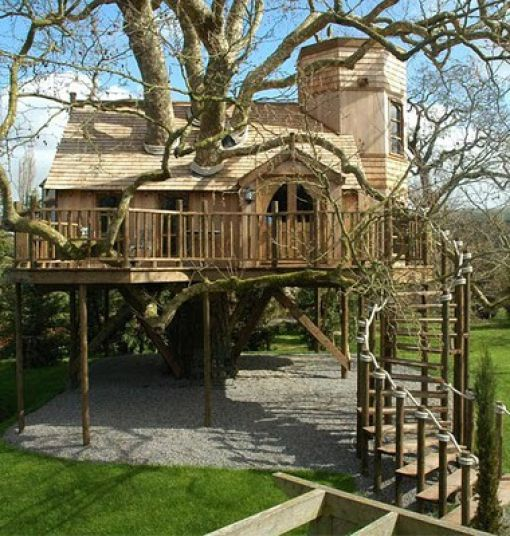 Awesome Treehouses 32 Pics