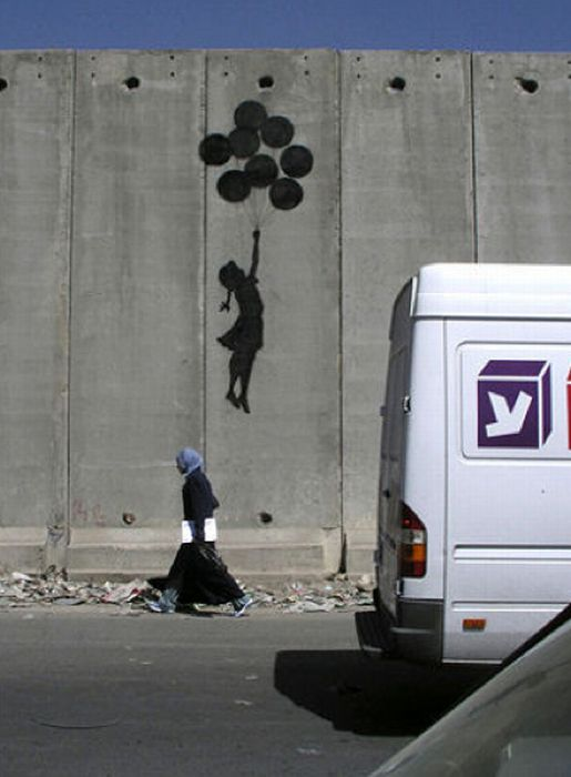 Banksy Graffiti Drawings (106 pics)