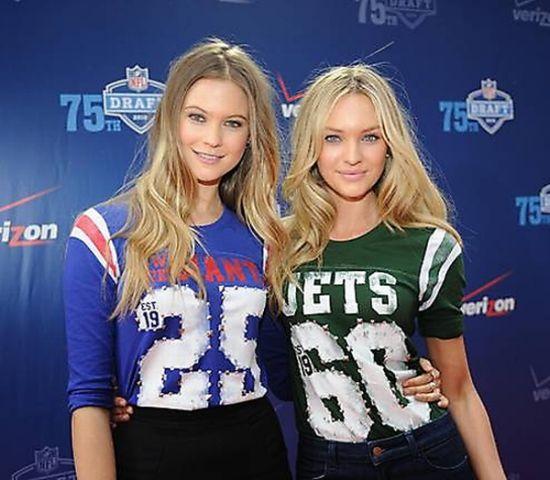 0637f8691 Celebrities Wearing Sports Jerseys (23 pics)