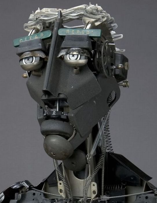 Amazing Sculptures Made Out of Typewriter Parts (34 pics)