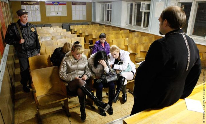 New Way to Fight Prostitution in Russia (4 pics)