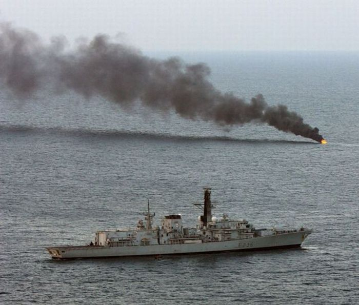 Pirate Boat Being Blow Up (5 pics)