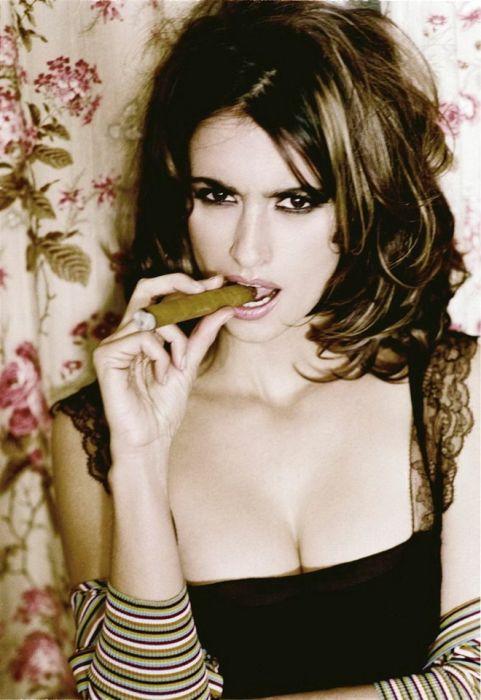 Glamour Photographs of Celebrities by Ellen von Unwerth (18 pics)