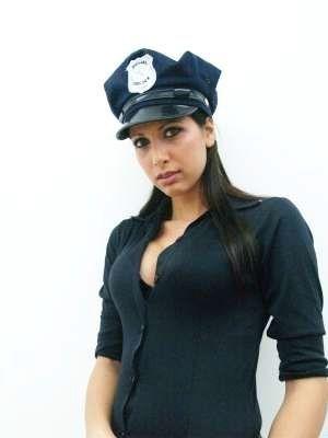 Ileana Tacconelli. Too Sexy to Be a Teacher? (9 pics)