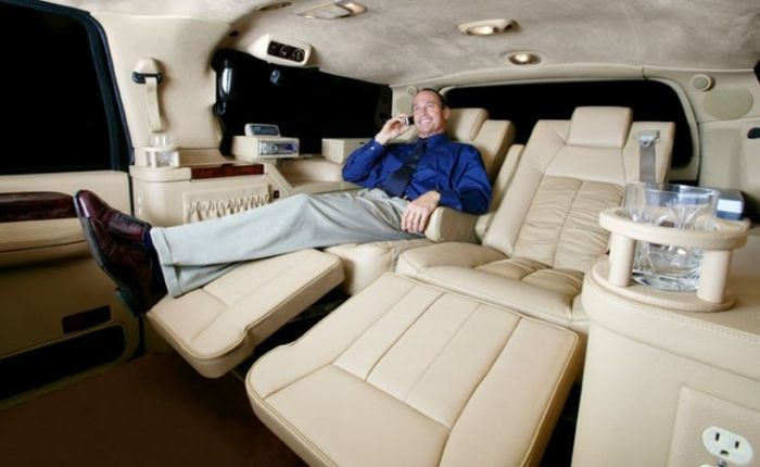 Ford Excursion Luxury Edition (6 pics)