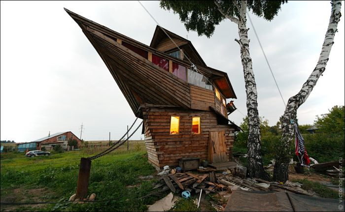 Ship House in Russia (9 pics)