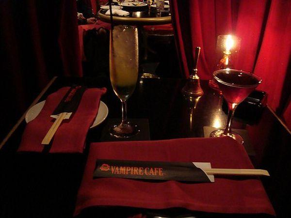 Vampire Cafe in Tokyo (9 pics)