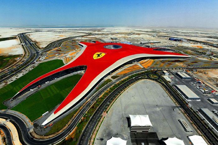 Ferrari World Abu Dhabi (15 pics)