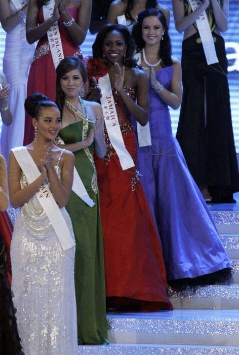 Miss World 2010 Alexandria Mills (25 pics)