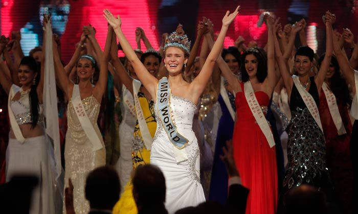 Miss World 2010 Alexandria Mills (25 pics)