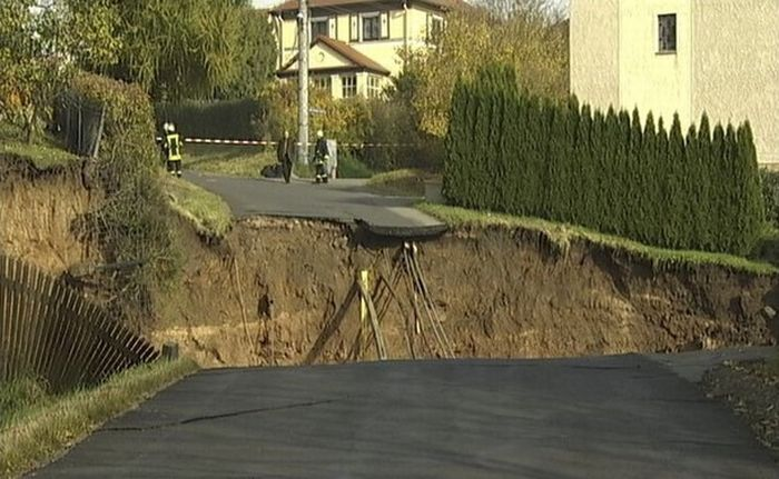 Giant Landslide in Germany (12 pics)