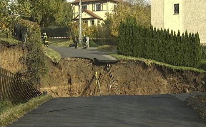 Giant Landslide in Germany (12 pics)