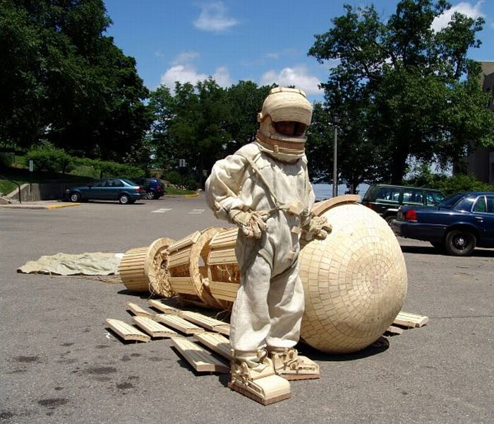 Awesome Wooden Sculptures (20 pics)