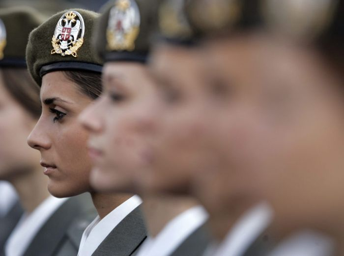 Female Soldiers (30 pics)