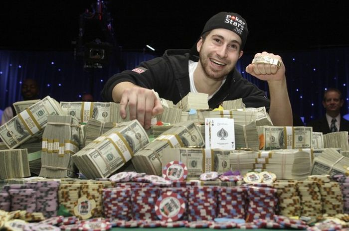 Jonathan Duhamel Won $8.9 Million (14 pics)