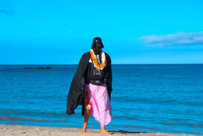 Darth Vader's Hawaiian Vacation (24 pics)
