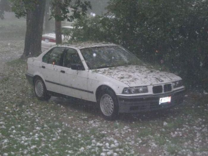 Cars after a Hailstorm (16 pics)