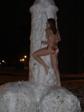 X-Rated Snowmen (20 pics)