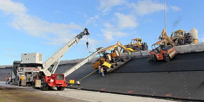 Daytona International Speedway Being Repaved (12 pics)