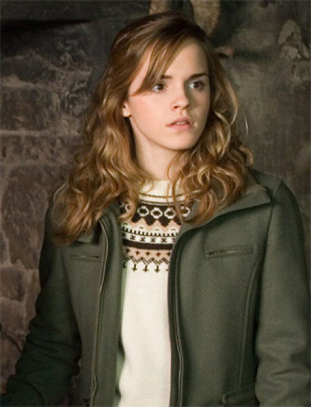 How Emma Watson Grew Up (100 pics)