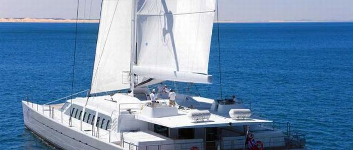 Beautiful Catamaran (25 pics)