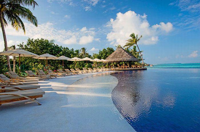 Diva Resort Hotel on the Maldives - Paradise on Earth (19 pics)